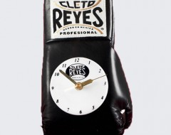 gloves clock black